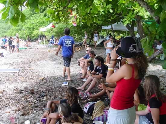 Acudieron muchos hinchas de los surfistas para apoyarlos